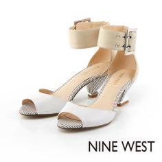 +NINE WEST 獨特造型鞋跟 踝部裝飾中低跟魚口涼鞋-駝配白 - Yahoo!奇摩購物中心