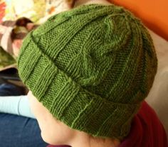 Men's Cabled Hat Pattern
