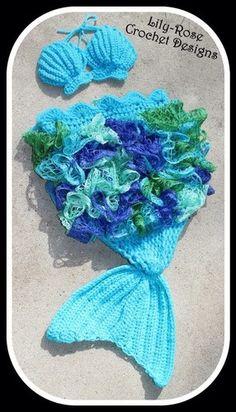 CROCHET PATTERN Newborn boy girl Mermaid Tail Seashell Top photography prop set