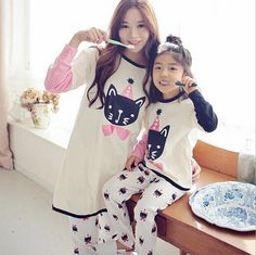 Family Cartoon Cute Cat Printed Pajamas Mom/Kids Printed long sleeve pajamas set women/girl leisure wear Mother daughter outfit