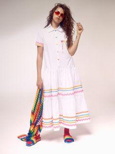 Mira Mikati Spring 2018 Ready-to-Wear Fashion Show Collection Curvy Fashion, Boho Fashion, Spring Fashion, Fashion Dresses, Fashion Trends, Cheap Fashion, Fashion Women, Fashion Ideas, Mira Mikati