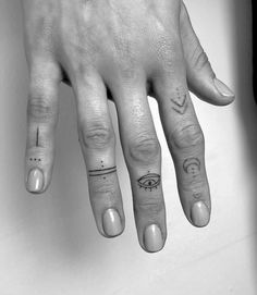 Tattoos - Finger Tattoos – – -Finger Tattoos - Finger Tattoos – – - Angeles Tattoo Ideas Female Unique Pictures New Ideas : Page 15 of 31 : Creative Vision Design The Best Small Tattoos You'll Want to Copy From Celebrities Finger Tattoo For Women, Small Finger Tattoos, Finger Tattoo Designs, Finger Tats, Henna Tattoo Designs, Small Tattoos, Tattoos For Women, Tattoos For Guys, Finger Dot Tattoo