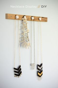 DIY necklace display with fimo clay!