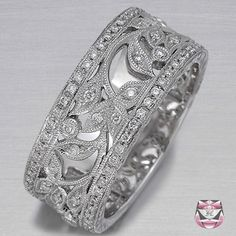 Awesome right hand ring!