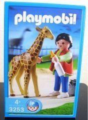 Playmobil 3253 Man & Giraffe Set . $15.99