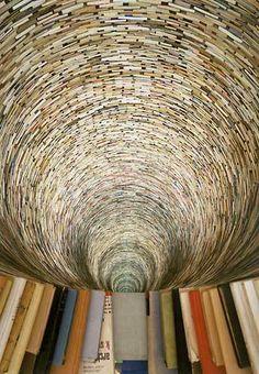 Esculturas con libros, de Matej Kren