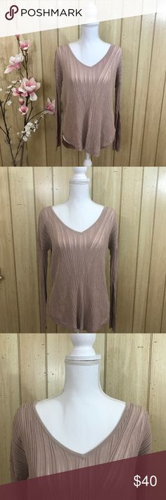Jennifer Lopez Medium Rose Taupe Shirt NWT Brand new with tags. Jennifer Lopez Medium shirt in the color Rose Taupe. Long Sleeves. Open back. Perfect for the fall!!🍁🍂 Jennifer Lopez Tops Blouses