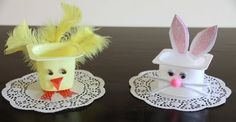 Easter-yogurt cup crafts for kids Cup Crafts, Craft Stick Crafts, Arts And Crafts, Holiday Crafts For Kids, Easter Crafts For Kids, Easter Ideas, Basket Crafts, Recycling, Yogurt Cups