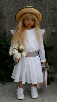 Larisa.....Angela doll