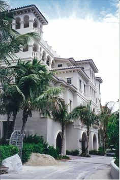 A home built by Daniel Wayne Homes in The Strand in Naples, Florida on the beach.