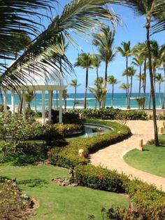 Looks like a nice place for a wedding in Punta Cana!  http://www.search.suavehotel.com/IT/City/Punta_Cana.htm