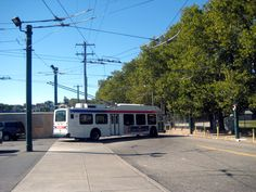 SEPTA NEW FLYER TRACKLESS TROLLEY PULLING OUT OF FRANKFORD DEPOT New Flyer