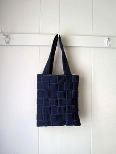 Woven tote bag. Because I need another tote bag. (I don't, but let's pretend.)