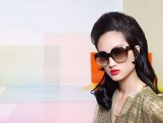 Fendi channels retro vibes for its spring-summer 2020 campaign. Faces of the moment, Rianne van Rompaey, Jing Wen and Adut Akech appear in colorful images… Baguette, Kendall Jenner, Fashion Brand, Fashion Models, Jing Wen, Knight Models, Fendi Clothing, Carolyn Murphy, Campaign Fashion