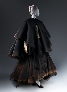 """""""Swan"""" dress (image 1) 
