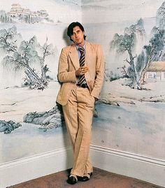 A Conversation On Cool: Bryan Ferry  *i only like this for the wallpaper :)