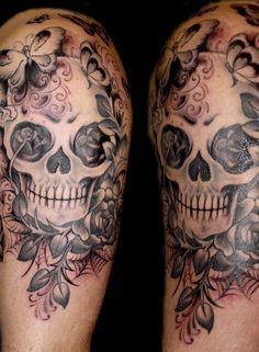 Bild från http://tattootrainings.com/wp-content/uploads/2010/11/skull-tattoo-5.jpg.