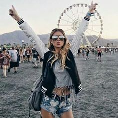 Coachella is a music festival which occurs in April every year for two weekends. Festival Looks, Festival Style, Coachella Festival, Festival Fashion, Coachella 2016, Festival Trends, Boho Chic, Hippie Chic, Hippie Gypsy