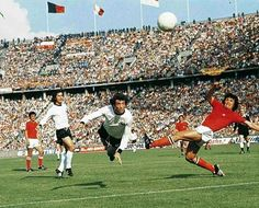 West Germany 1 Chile 0 in 1974 in West Berlin. Nervous start for Germany in Group 1 #WorldCupFinals