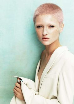 Powder Collection by Davines; Hair: Angelo Seminara, London, U.K.; Colour: Edoardo Paludo; Photos: Andrew O'Toole