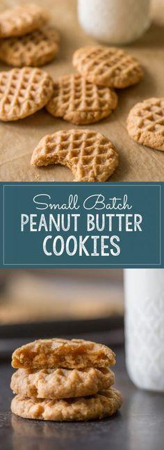 Köstliche Desserts, Delicious Desserts, Yummy Food, Dessert Recipes, Tasty, Vegan Peanut Butter Cookies, Peanut Butter Recipes, Tea Cakes, Chocolate Chip Cookies