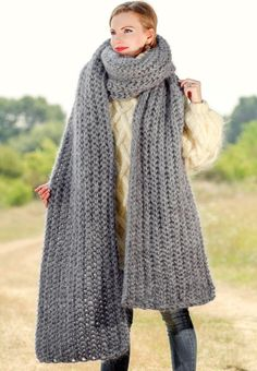 GRAY Hand Knitted Mohair Scarf Fuzzy EXTRA LONG Shawl SUPERTANYA 5 STRANDS  1 kg f7e51c80f4b