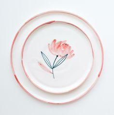 Ceramic Clay, Ceramic Plates, Ceramic Pottery, Pottery Painting, Ceramic Painting, Diy Design, Design Art, Pottery Handbuilding, Diy Sharpie Mug