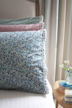 How to make Liberty print pillowcases Liberty Of London Fabric, Liberty Fabric, Liberty Print, Diy And Crafts Sewing, Sewing Projects, Sewing Ideas, Diy Crafts, Bed Pillows, Cushions