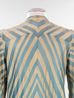 Dressing gown Charles James (American, born Great Britain, Date: 1945 Culture: American Medium: silk Charles James, 1950s Fashion, Vintage Fashion, Edwardian Fashion, Mega Fashion, Fashion Designer, Gown Designer, Lesage, Couture Sewing