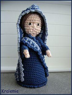 2012_12_24_Crocheted Christmas Creche Figures 2A.jpg