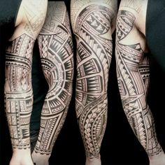Tatouage Samoa - significations et origines Tatouage Samoa - significations et origines · par Katness · Samoa Tattoo est l'un des arts du corps les plus complexes que vous puissiez voir. La si... Tous les tatouages Tribal Tattoos, Hand Tattoos, Tattoo Designs, Arts, Tatoo, Tattoo Maori, Samoan Tattoo, Best Forearm Tattoos, Legs