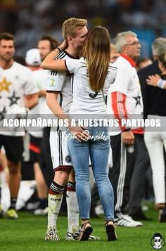 As the Germany players celebrated their World Cup victory, their WAGs could not resist joining the on-field party at the Maracana. Soccer Boyfriend, Football Girlfriend, Wife And Girlfriend, Future Boyfriend, Cute Couples Football, Soccer Couples, German Football Players, Soccer Players, Football Memes