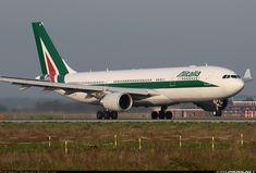 Alitalia Airbus A330-202