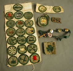 Awesome vintage Girl Scout badges and pins!!!