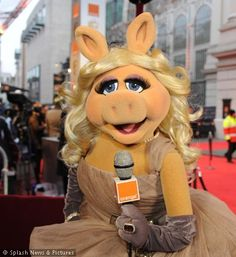 World-renowned superstar and diva Miss Piggy spoke to BAFTA 2012 hopefuls on the Red Carpet, exclusively for Orange Film and you can see the pictures here! Miss Piggy, Muppets Most Wanted, Pepe Le Pew, Fraggle Rock, The Muppet Show, British Academy Film Awards, Still Love Her, Famous Cartoons, Kermit The Frog