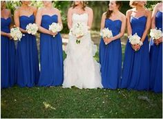 i thought i loved purple for my wedding but if i marry cj Blue wouldnt be horrible. so pretty. Blue Wedding Ideas
