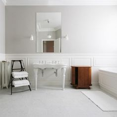"""Farrow & Ball """"cornforth White"""" Design Ideas, Pictures, Remodel, and Decor - wall color Cornforth White Farrow And Ball, Cornforth White Living Room, Farrow And Ball Paint, Farrow Ball, All White Bathroom, Wainscoting Styles, Modern Country Style, English Decor, Dining Nook"""