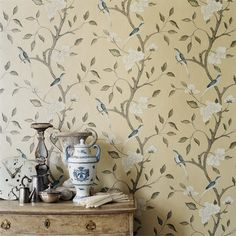 Gustavian Swedish colors are very muted with lots of grays and creams. The Gustavian Swedes of the century loved color too! Zoffany Wallpaper, Fabric Wallpaper, Bedroom Wallpaper, Antique Wallpaper, Interior Design Guide, Casamance, Swedish Style, Swedish Decor, Brown Furniture