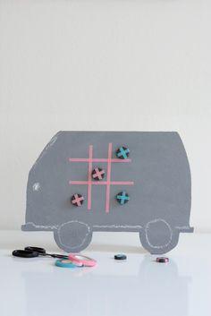 we love handmade   DIY for Kids: Spieltafel für lange Autofahrten/Games Board (Sponsored by Volkswagen)   http://welovehandmade.at