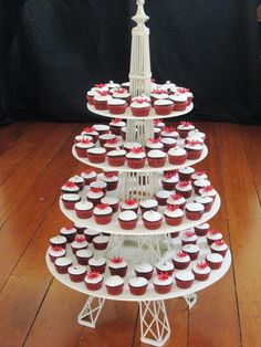 Eiffel Tower Standee | Cake Decor Idea , 6 Nice Eiffel Tower Cake Stand : Wedding Favours