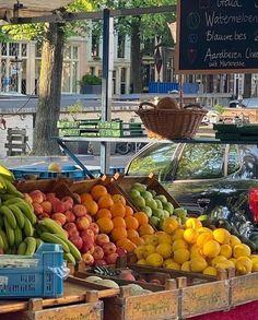 European Summer, Italian Summer, Summer Aesthetic, Aesthetic Food, Travel Aesthetic, Photo Fruit, Think Food, Summer Dream, Northern Italy