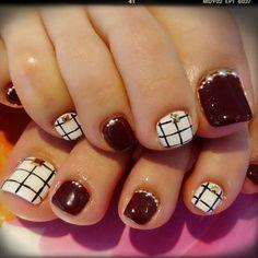 26 toe nails ideas for summer 2019 017 Toenail Art Designs, Pedicure Designs, Pedicure Ideas, Pretty Toe Nails, Cute Toe Nails, Fall Toe Nails, Fall Pedicure, Manicure E Pedicure, New Nail Art