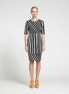 Tiimalasi-mekko (valkoinen, musta) |Vaatteet, Naiset, Mekot ja hameet | Marimekko