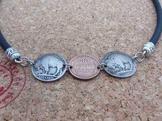 Medaillons - Halskette Natur-Kautschuk,Ø 5mm, mit 3 Münzen(USA) - ein Designerstück von schmuck-checker bei DaWanda
