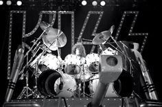 I Love it Loud I Love It Loud, Eric Carr, Vintage Kiss, Hot Band, A Good Man, Rock Bands, Rock N Roll, The Beatles, Drums