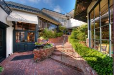 Pine Inn Hotel and Il Fornaio in Carmel-by-the-Sea