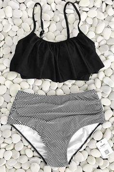 42fefbbb864 Feeling Dizzy Falbala Bikini Set