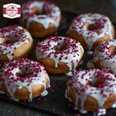 Bakers can now recreate those American-style Glazed Ring Doughnuts at home by following our Allinson sweet dough recipe in six steps. Best suited to bakers with some experience, these doughnuts make a special after-school treat and go down equally well with adults. Jam fans can also try our simple Baked Doughnuts, also made with Allinson sweet dough.