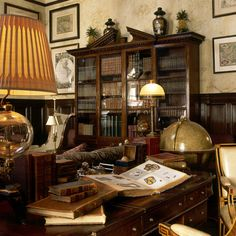 This beautiful 64th Street residence was the former home of the New York Observer. Ann Getty was invited as a rare out-of-town designer to create the library. The room was centered on the theme of a curious mind, exploring books, maps, astronomy, botanicals and butterflies surrounded by the distinguished antique reproductions from the Ann Getty House Collection. Designed by Ann Getty & Associates, anngetty.com