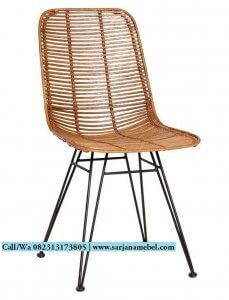 Kursi Cafe Rotan Murah Rangka Besi Outdoor Chairs, Outdoor Furniture, Outdoor Decor, Cafe Industrial, Bar, Home Decor, Decoration Home, Room Decor, Garden Chairs